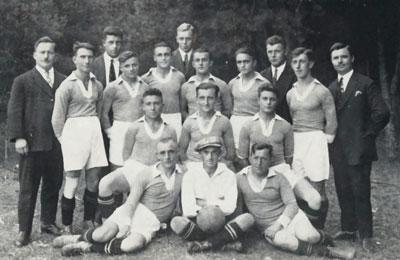 http://www.sv-erlenbach.de/wp-content/uploads/2019/02/1938_Fußballer.jpg